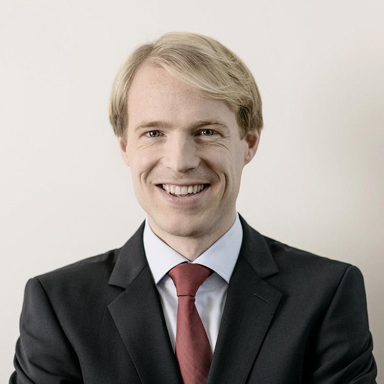Dr. Jonas Pape