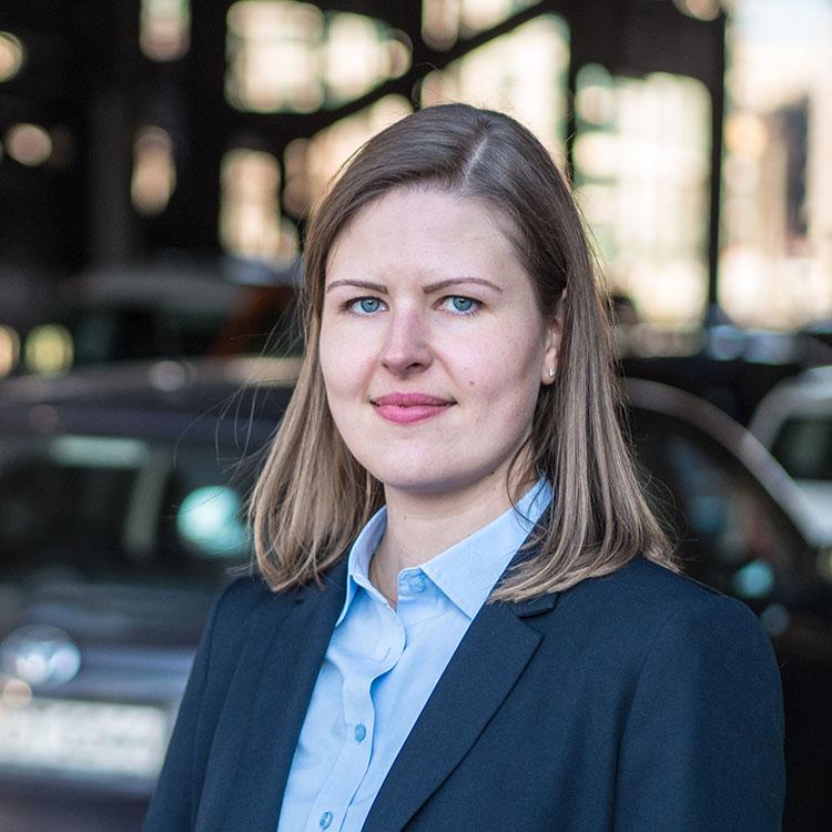 Rechtsanwältin Dr. Lisa Golombek